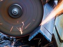 O processo é metal afiado Fotos de Stock
