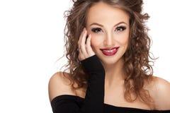O profissional de sorriso da mulher compõe no fundo branco Fotografia de Stock Royalty Free