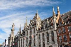 O Provinciaal Hof (corte da província) em Bruges Imagens de Stock
