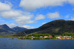 O Puerto Eden em Wellington Islands, fiords do Chile do sul imagens de stock royalty free