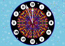 O pulso de disparo com numerais romanos na Noite de Natal imagens de stock royalty free