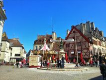 O quadrado center da cidade velha de dijon, Dijon, França Imagens de Stock