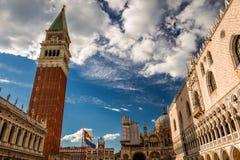 O quadrado de St Mark em Veneza fotos de stock