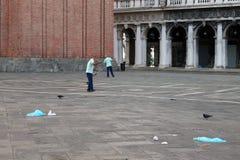 O quadrado de St Mark vazio em Veneza Itália cedo na manhã fotografia de stock royalty free