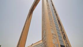 O quadro de Dubai é um do marco o mais atrasado de Dubai, que localizou no parque de Zabeel vídeos de arquivo