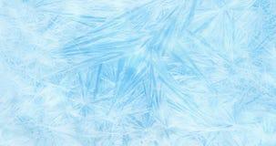 O quadro de flocos de neve de cristal reais do Natal neva como o fundo na cor azul do inclinação, efeito congelado, evento do fer ilustração do vetor