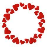 O quadro do vermelho sentiu os corações isolados no fundo branco Fotos de Stock