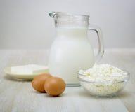 O queijo dos produtos lácteos Eggs o coalho de leite Imagens de Stock
