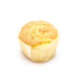 O queque saboroso endurece no backgrond branco fotos de stock royalty free