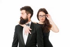 o r 与夫人的有胡子的商人 无尾礼服男人和端庄的妇女正式党的 ?? 库存照片
