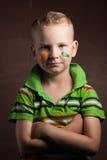 O rapaz pequeno é um fã da Irlanda, Fotos de Stock