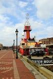 O rebocador velho, trabalhando, Buster Bouchard, abate o ponto, Maryland, em abril de 2015 foto de stock royalty free