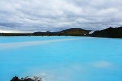 O recurso geotérmica do banho da lagoa azul em Islândia A lagoa azul famosa perto de Reykjavik, Islândia foto de stock royalty free