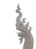 O rei branco da estátua do Naga isolou o fundo branco Imagem de Stock Royalty Free