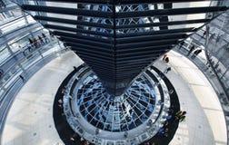 O Reichstag em Berlim imagens de stock royalty free