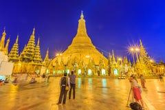 O reparo do pagode de Shwedagon cada cinco anos de cada vez, Yangon Foto de Stock