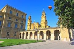 O Residenz e o Odeonsplatz em Munich Imagens de Stock Royalty Free