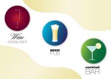 O restaurante do vinho, o pub da cerveja e o cocktail barram ícones Foto de Stock