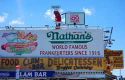 O restaurante original do ` s de Nathan em Coney Island, New York Fotos de Stock Royalty Free