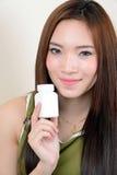Retrato da mulher asiática saudável bonita Foto de Stock Royalty Free