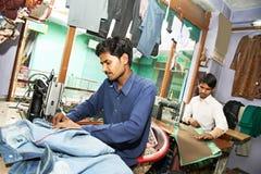 Dois alfaiates do homem do indiano Imagem de Stock Royalty Free