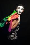 O retrato de mimica com sacos de compras coloridos Imagem de Stock Royalty Free
