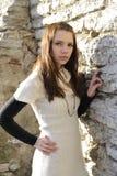O retrato do close up da mulher nova stonewall sobre Imagem de Stock Royalty Free