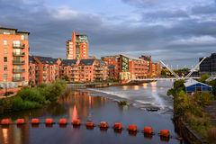 O Rio Aire Leeds Fotos de Stock Royalty Free