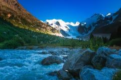 O rio da geleira fotografia de stock