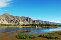O rio de Lhasa Fotos de Stock Royalty Free