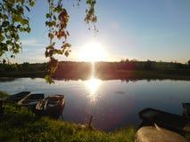 O rio de Oredezh no por do sol Fotografia de Stock