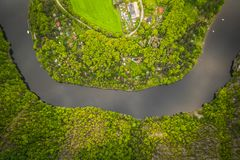 O rio de Vltava em Rep?blica Checa imagem de stock royalty free