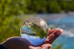 O rio girou de cabeça para baixo pela visão da esfera imagem de stock royalty free