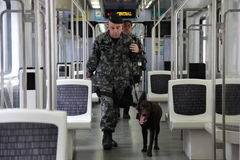 O Rio guarda o anti treinamento do terrorismo para o Rio 2016 dos Jogos Olímpicos Fotos de Stock