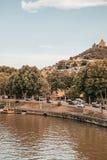O Rio Kura em Tbilisi imagem de stock royalty free