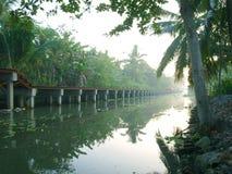 O rio na floresta de Tailândia Imagens de Stock Royalty Free