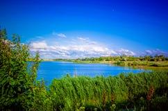 O rio pitoresco Fotografia de Stock Royalty Free