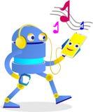 o robô bonito está apreciando telefone sofisticado do androide para a música Imagem de Stock Royalty Free