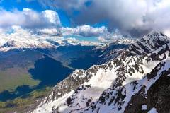 Ośrodek Narciarski przy Kaukaz górami, Rosa szczyt, Sochi, Rosja Zdjęcia Stock