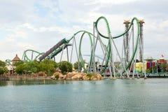 O roller coaster do casco em ilhas dos estúdios universais de Adventur Imagens de Stock Royalty Free