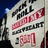 O rolo do n da rocha salvar meus coração e alma pretos - Joan Jett imagens de stock royalty free