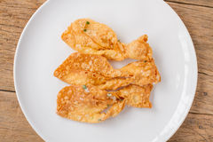 O roti friável fritado faz a forma dos peixes Imagem de Stock Royalty Free