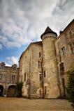 O Saint-Jean-de-Cole é uma vila medieval no norte do Dordogne, França imagem de stock
