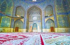 O salão da oração da mesquita de Chaharbagh, Isfahan, Irã Imagens de Stock Royalty Free