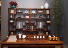 O salão de chá de famílias chinesas modernas fotografia de stock royalty free