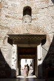 O salão de entrada da residência do Diocletian no palácio de Diocletian fotografia de stock royalty free
