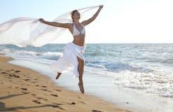 O salto da mulher foto de stock royalty free