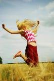 O salto do adolescente Fotos de Stock