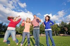 O salto dos estudantes Foto de Stock Royalty Free