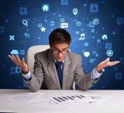 O secret?rio trabalha com conceito do multitask imagem de stock royalty free